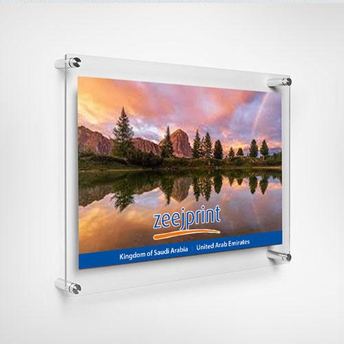 Acrylic Display 70 x 50cm 10mm